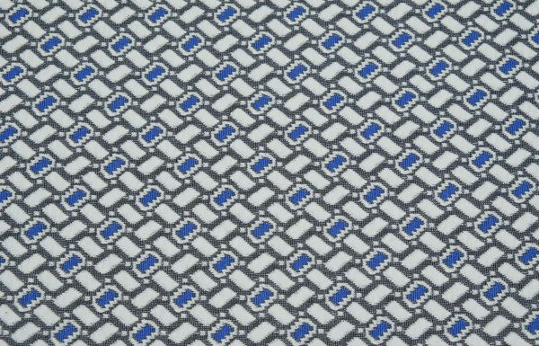 Grafischer Stoff in blau und weiss